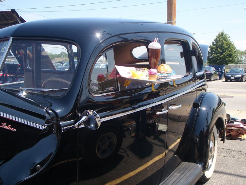 1940 Ford Deluxe owned by Alan & Delores Faber