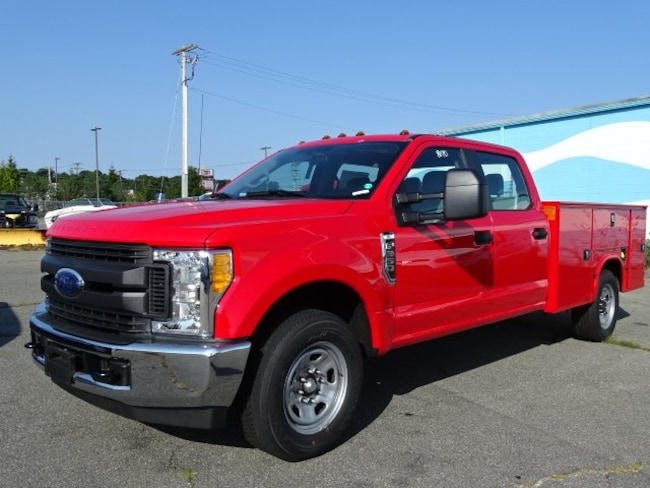 2017 Ford F-350 Chassis XL Truck Crew Cab