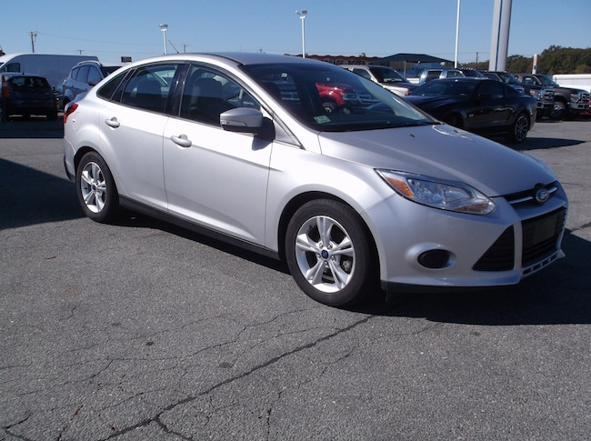 Used 2014 Ford Focus SE Sedan For Sale in New Bedford, MA