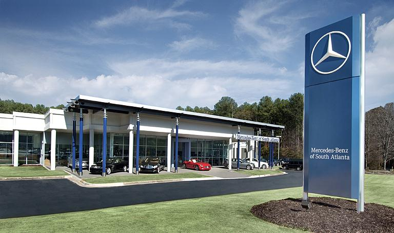 About mercedes benz of south atlanta luxury car dealer for Mercedes benz dealers in michigan