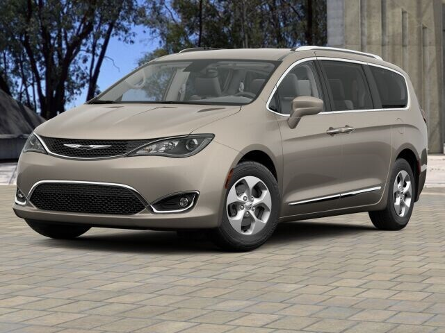 2017 Chrysler Pacifica TOURING L PLUS Passenger Van