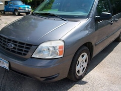 2006 Ford Freestar SE 4dr Mini Van Minivan