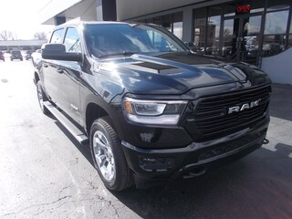 New 2019 Ram 1500 BIG HORN / LONE STAR CREW CAB 4X4 5'7 BOX Crew Cab 1C6SRFFT7KN794964 for sale in Auburn, IN