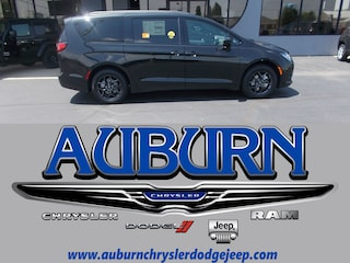 New 2018 Chrysler Pacifica TOURING PLUS Passenger Van 2C4RC1FG4JR311527 for sale in Auburn, IN