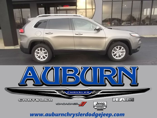 Used 2017 Jeep Cherokee Latitude 4x4 SUV for sale in Auburn, IN