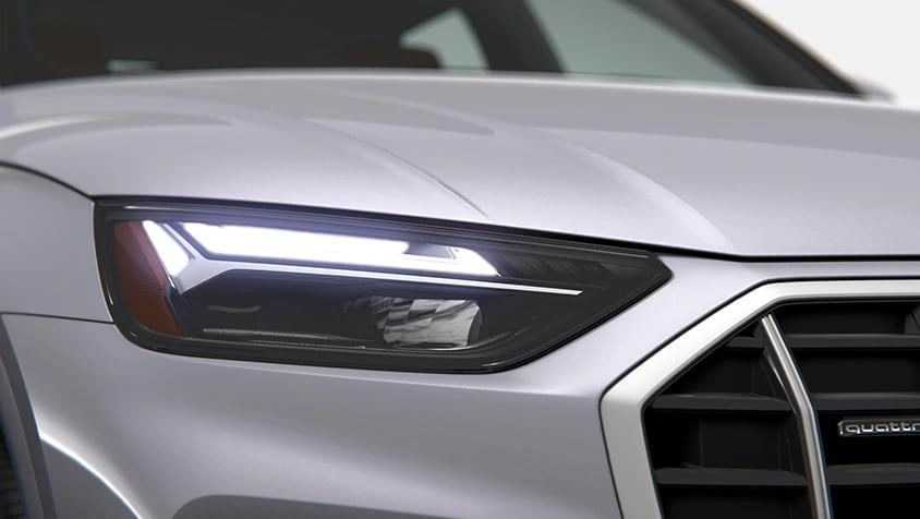 2021 Audi Q5 LED headlights