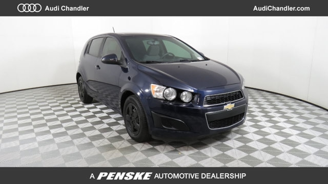 2015 Chevrolet Sonic LS Manual Hatchback AP04901A