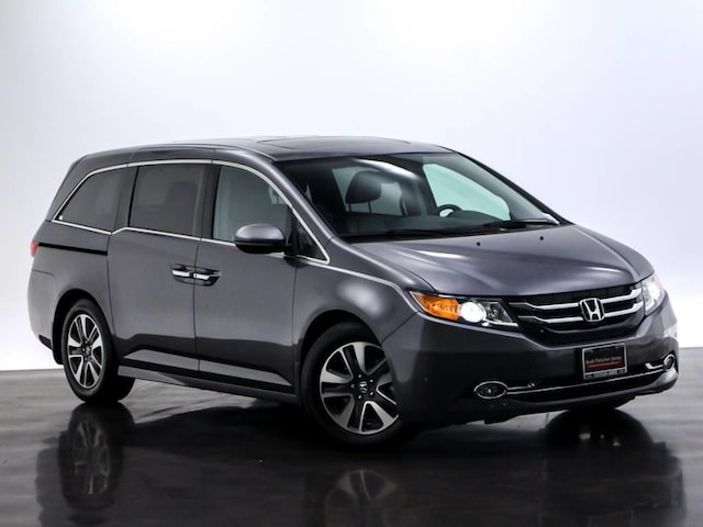 2015 Honda Odyssey Touring Minivan/Van For Sale in Costa Mesa, CA