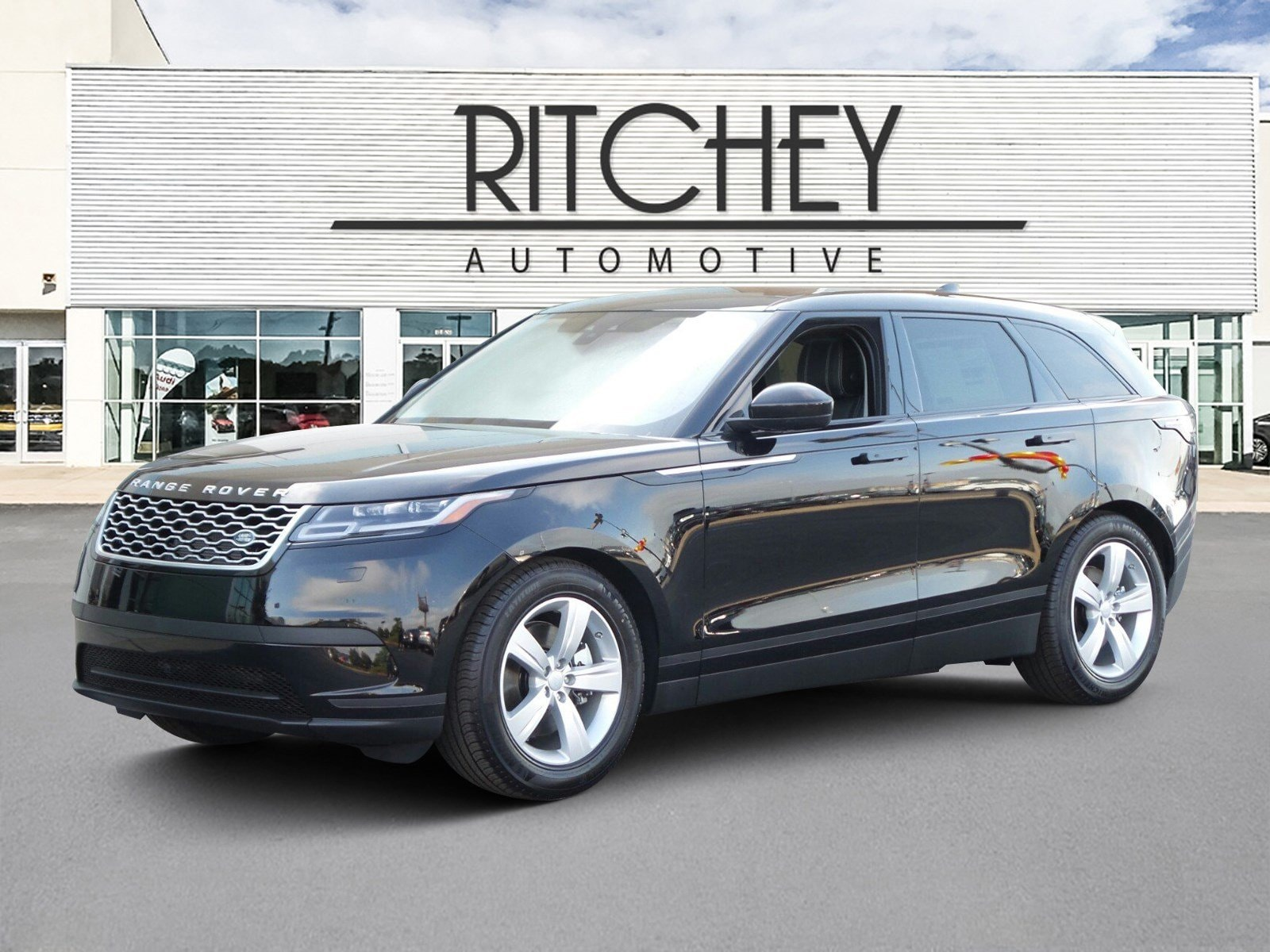 Featured used 2018 Land Rover Range Rover Velar P380 S SUV for sale in Southaven, MS