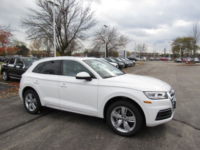 New 2018 Audi Q5 2.0T Tech Premium SUV for sale near Milwaukee in Brown Deer, WI