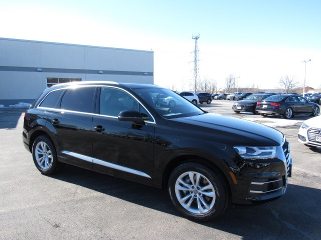 New 2019 Audi Q7 3.0T Premium SUV for sale near Milwaukee