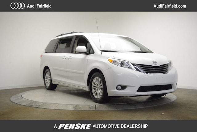 2013 Toyota Sienna Limited V6 Van