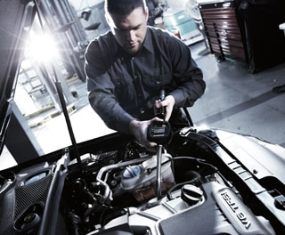 Synthetic Oil & Filter Service