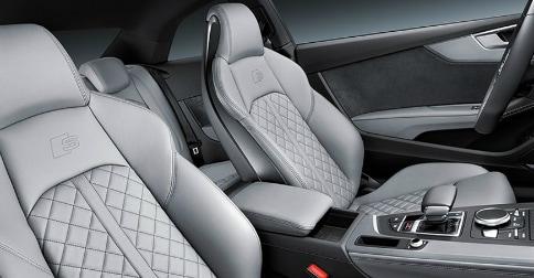2018 Audi S5 interior
