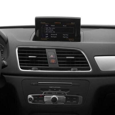 Audi Q3 Surround System