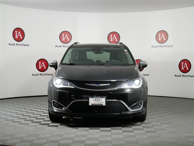 Used 2018 Chrysler Pacifica Limited with VIN 2C4RC1GG7JR104743 for sale in Richfield, Minnesota