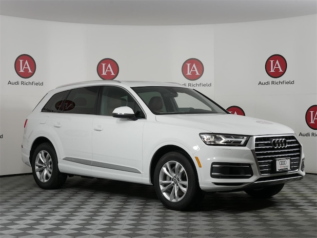 New 2019 Audi Q7 3.0T Premium SUV for sale near Milwaukee in Brown Deer, WI