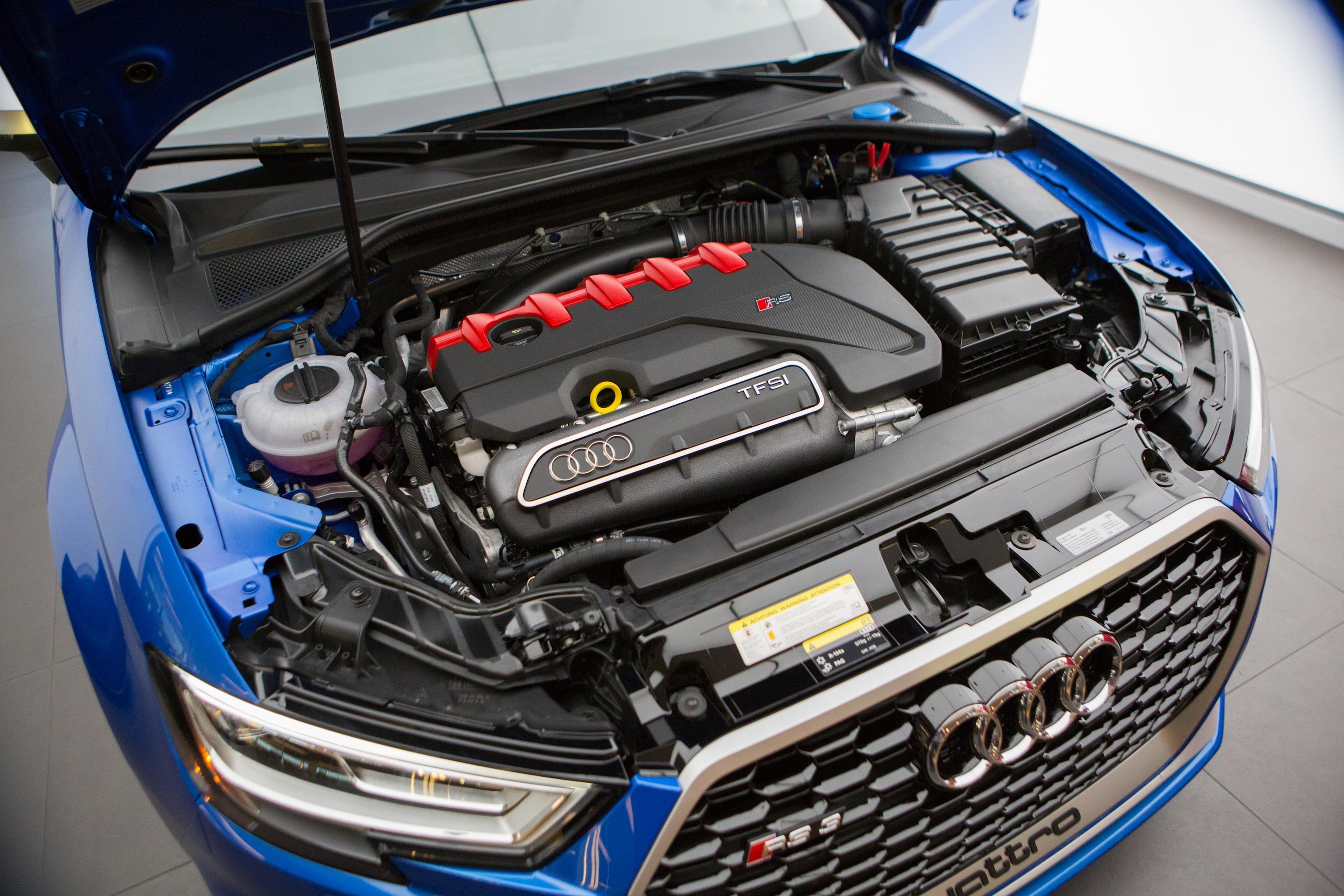 Hoehn Motors New Acura Cadillac Audi Buick Porsche