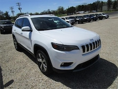 New 2019 Jeep Cherokee LIMITED FWD Sport Utility for sale in Henderson, KY at Audubon Chrysler Center