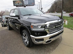 New 2019 Ram 1500 LARAMIE CREW CAB 4X4 5'7 BOX Crew Cab for sale in Henderson, KY at Audubon Chrysler Center