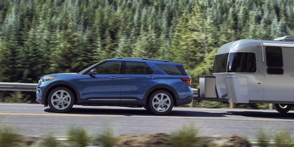 2020 Ford Explorer Towing Trailer