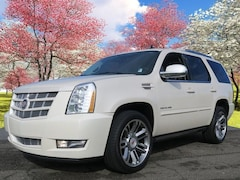 Used 2013 Cadillac Escalade Premium SUV for sale in Hendersonville, NC