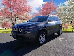 Used 2016 Jeep Cherokee Latitude SUV for sale in Hendersonville, NC