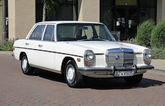 Used Luxury 1972 Mercedes-Benz 220 Sedan For Sale in Brentwood