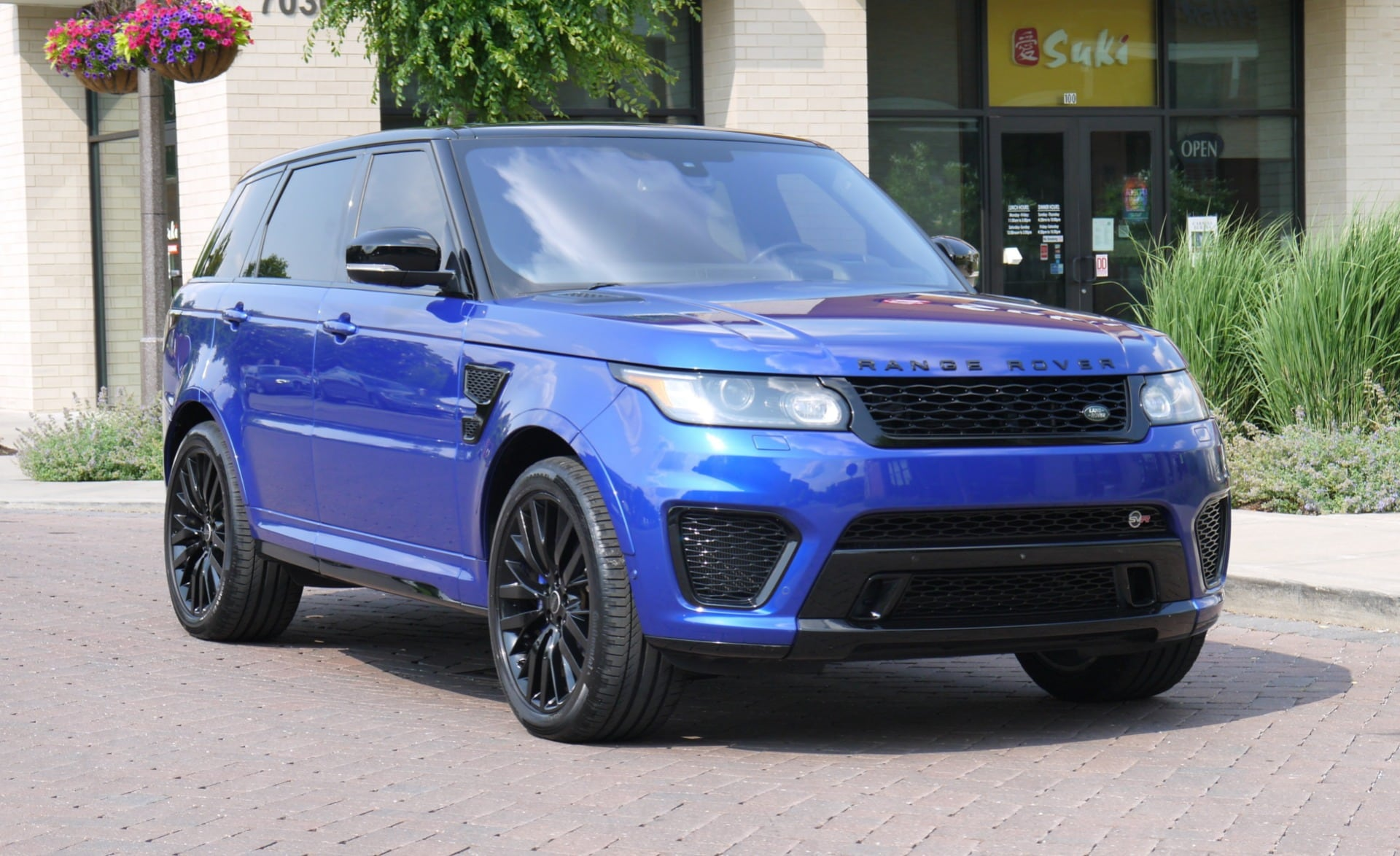 2016 Land Rover Range Rover Sport 5.0L Supercharged SVR SUV