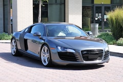 Used Luxury 2009 Audi R8 4.2 Coupe For Sale in Brentwood