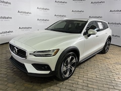 in Fort Worth, TX 2021 Volvo V60 Cross Country T5 Wagon New