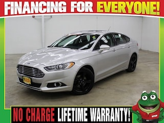 2016 Ford Fusion SE  - MOON ROOF - BACK UP CAMERA - BLUETOOTH Sedan