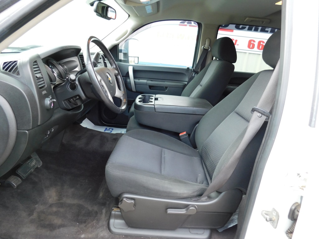 2011 Chevrolet Silverado 2500HD Long Bed