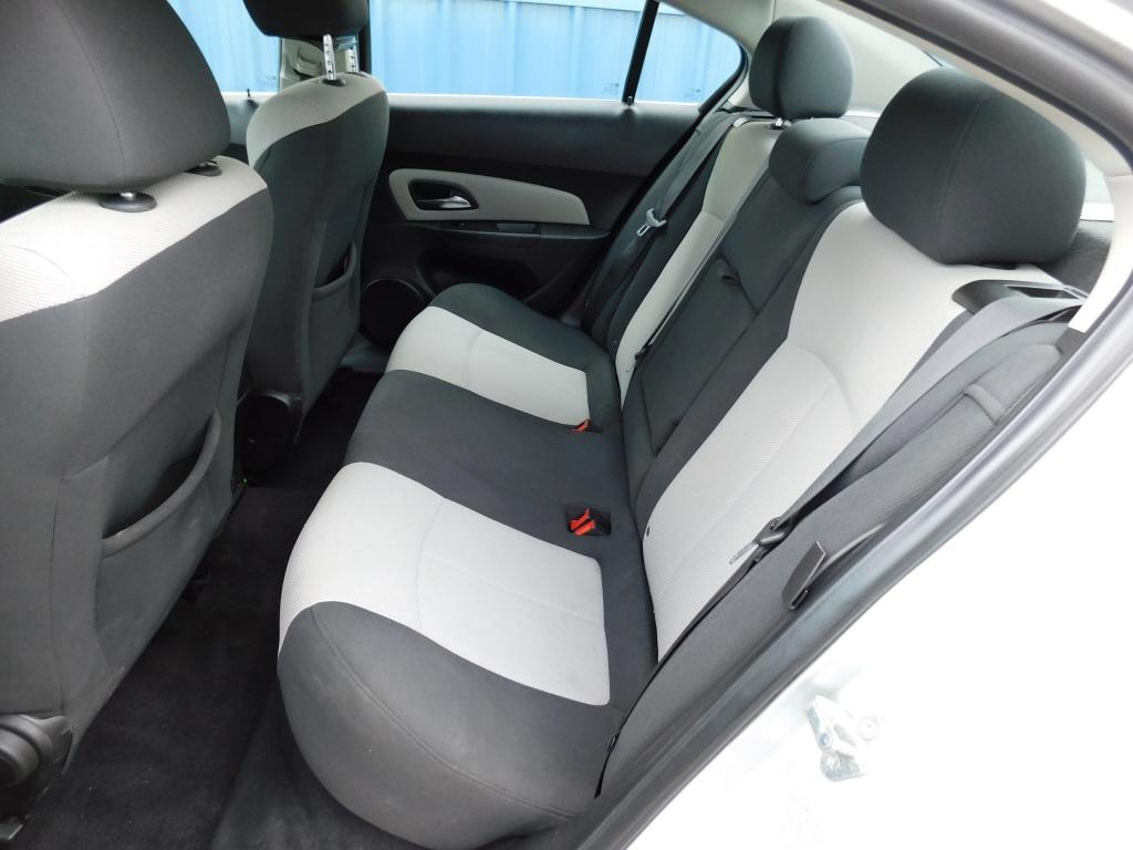 2011 Chevrolet Cruze 4dr Car