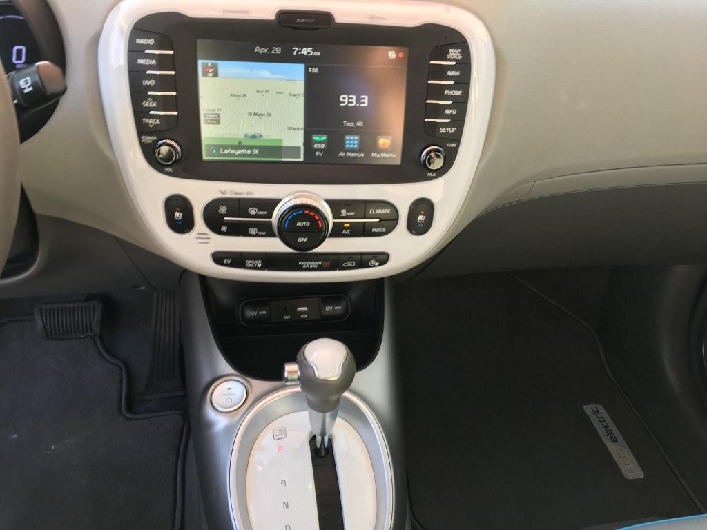 2017 Kia Soul EV Hatchback