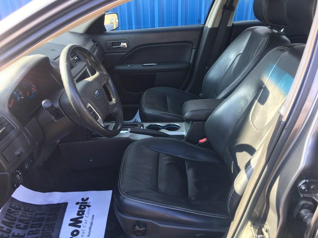 2010 Ford Fusion 4dr Car