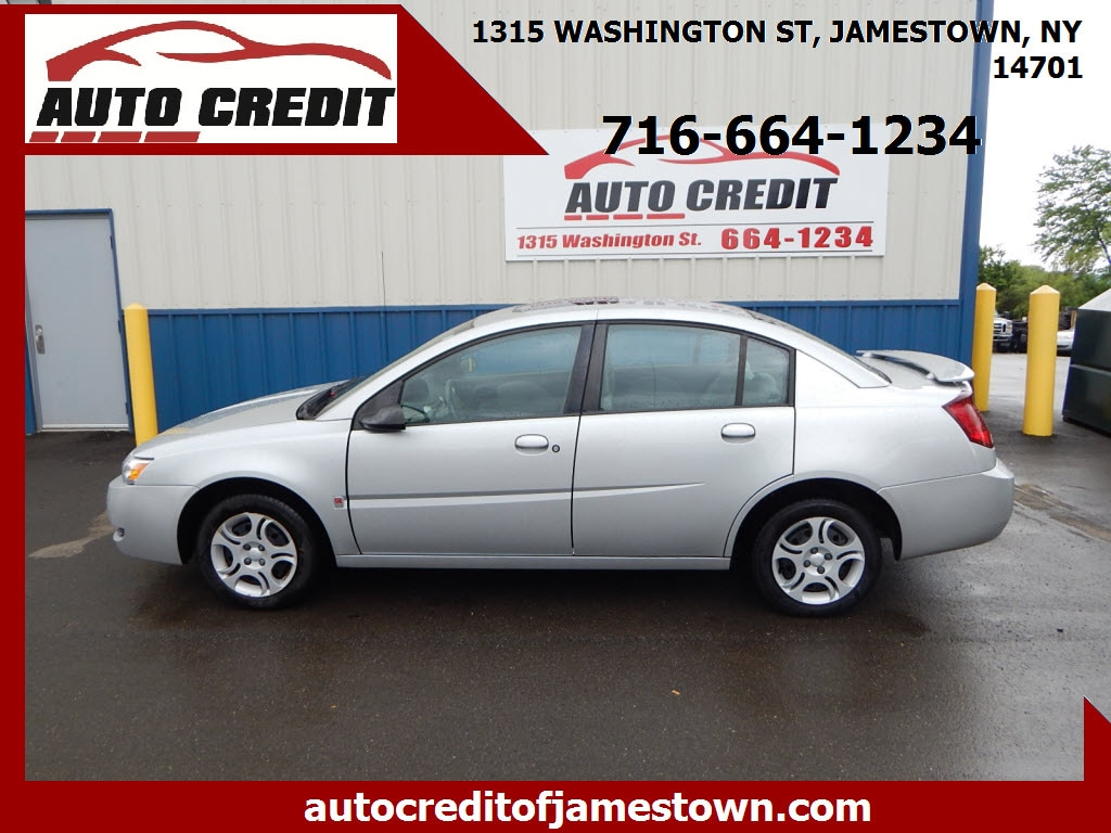 2005 Saturn ION 4dr Car