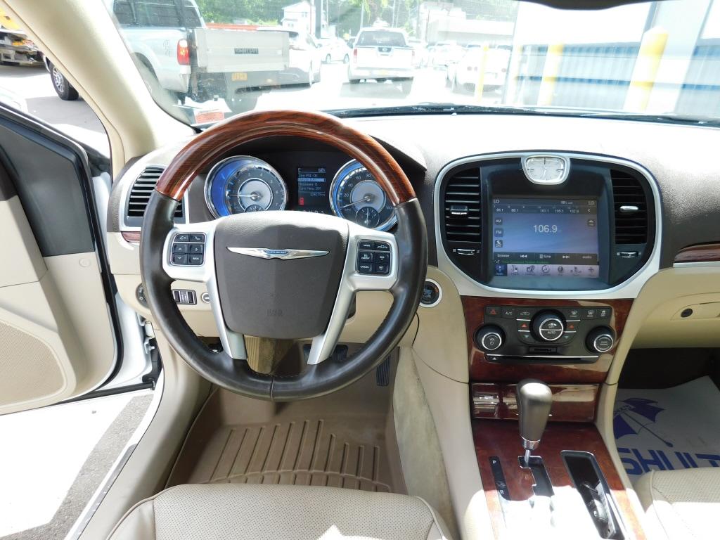 2011 Chrysler 300C 4dr Car