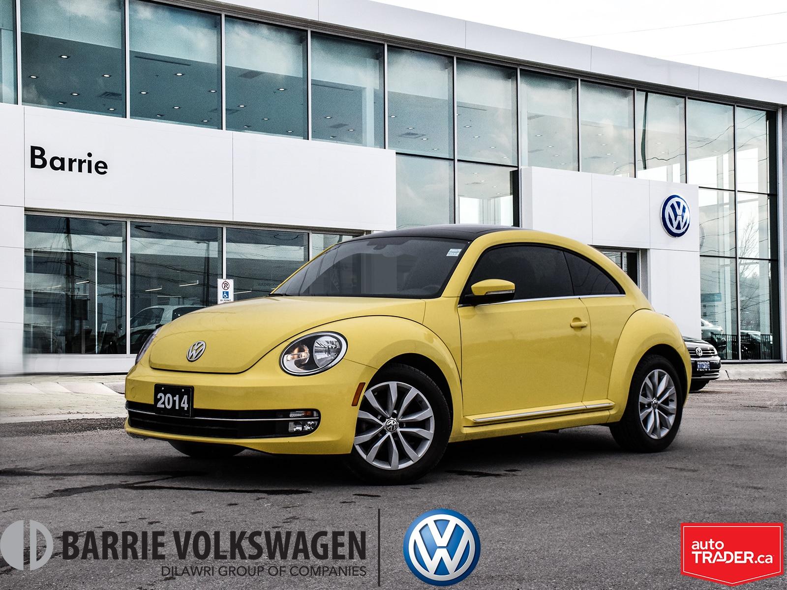 2014 Volkswagen Beetle Highline/0.90% FINANCE/Pano Sunroof/Heated Seats À hayon