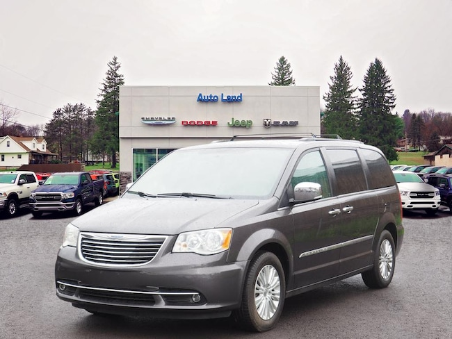 Used 2015 Chrysler Town & Country Touring-L Van for Sale in Accident, MD