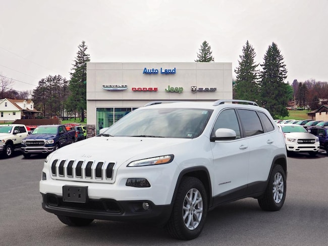 Used 2016 Jeep Cherokee Latitude 4x4 SUV for Sale in Accident, MD