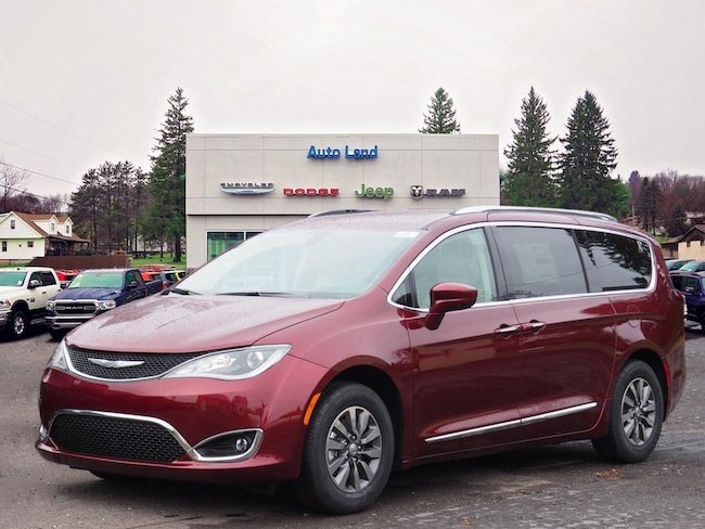 New 2019 Chrysler Pacifica TOURING L PLUS Passenger Van for Sale in Accident, MD