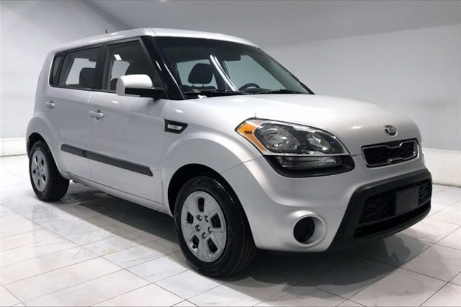 Used vehicle 2013 Kia Soul Wagon 4D Wagon for sale near you in Chantilly, VA