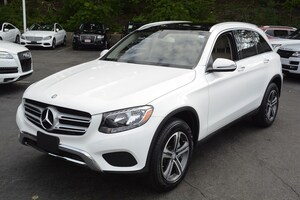 2016 Mercedes-Benz GLC 4matic  GLC 300