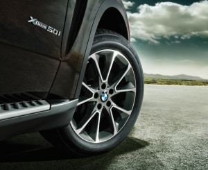 BMW xDrive Intelligent AWD System | Advantages & How it