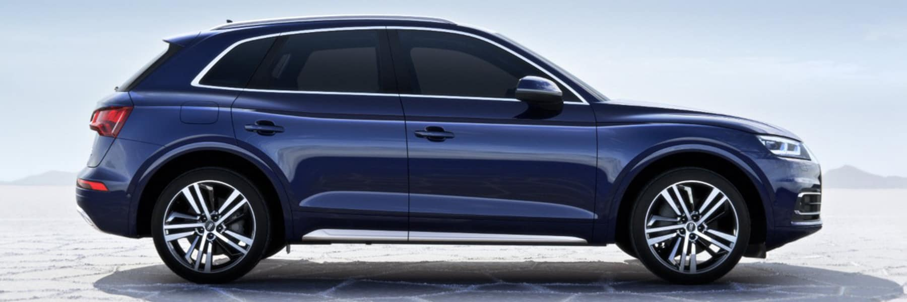 Discover the totally redesigned 2018 Audi Q5 at Audi Lauzon, in the Greater Montreal area!