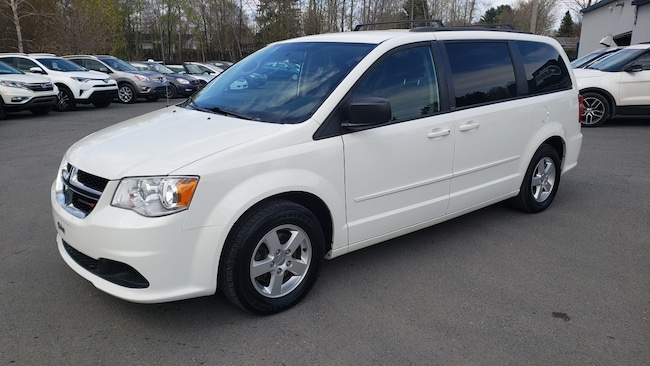 2012 Dodge Grand Caravan SXT, DVD, Van
