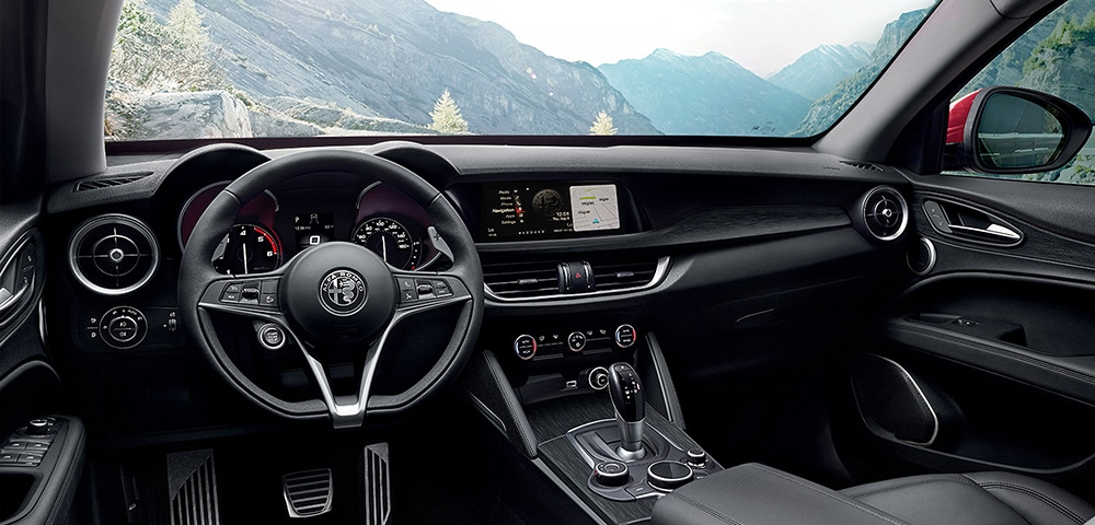 Interior photo 2018 Alfa Romeo  Stelvio