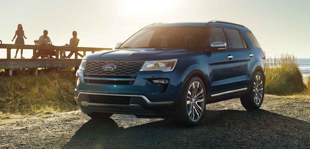 Blue 2018 Ford Explorer front 3/4 view