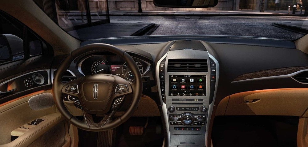 Interior photo 2018 Lincoln MKZ